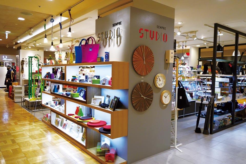 SEMPRE STUDIO SHINJUKU | 新宿