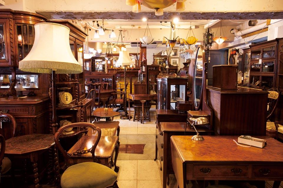 westwood antiques | 世田谷区 北沢
