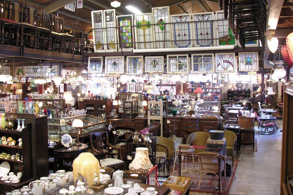 Antiques DejaVU 池田店 | 駿河区 池田